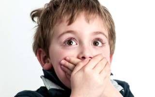 Почему не выпадают молочные зубы