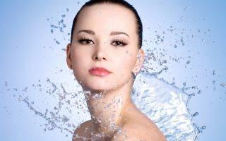 Минеральная вода для лица: 5 полезных процедур