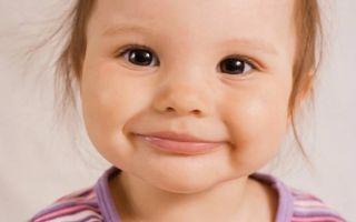 Трескаются губы у детей: причины и лечение