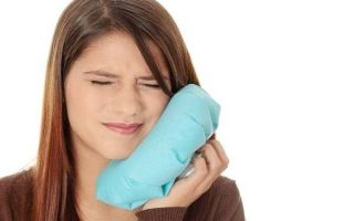 Чем опасен зубной флюс и как быстро снять опухоль?