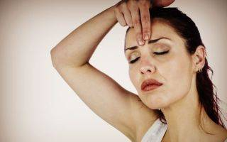 Как убрать морщины на переносице: о коррекции горизонтальных и вертикальных заломов