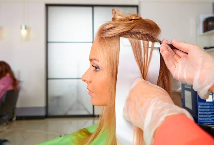 «эти» дни: можно ли делать мелирование во время месячных? советы парикмахеров