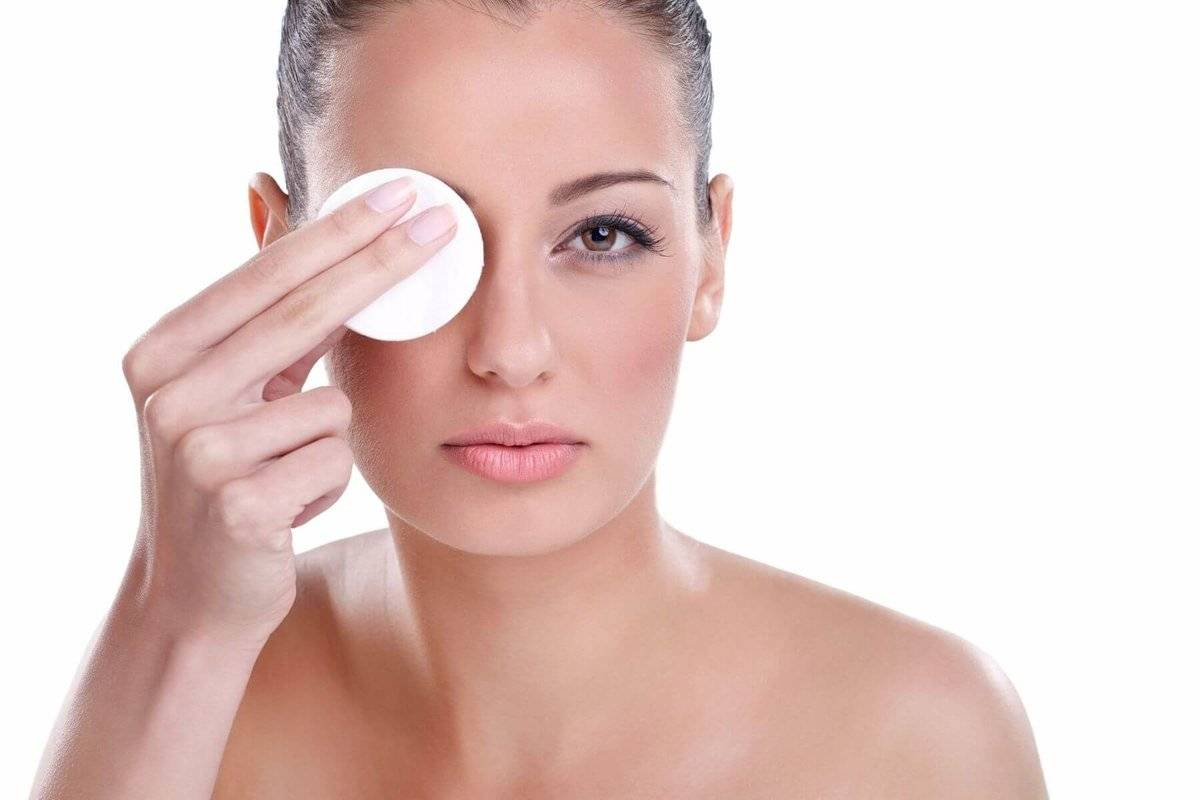 Самые эффективные подтягивающие маски для лица после 40 лет