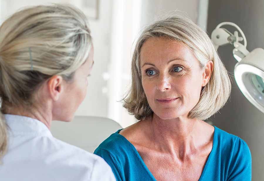 Первые признаки раннего климакса у женщин — как понять что наступила менопауза?