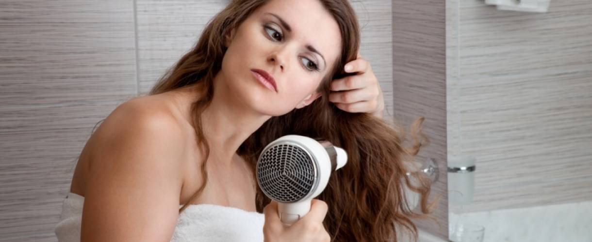Лечение волос с повышенной жирностью у корней: лучшие методы