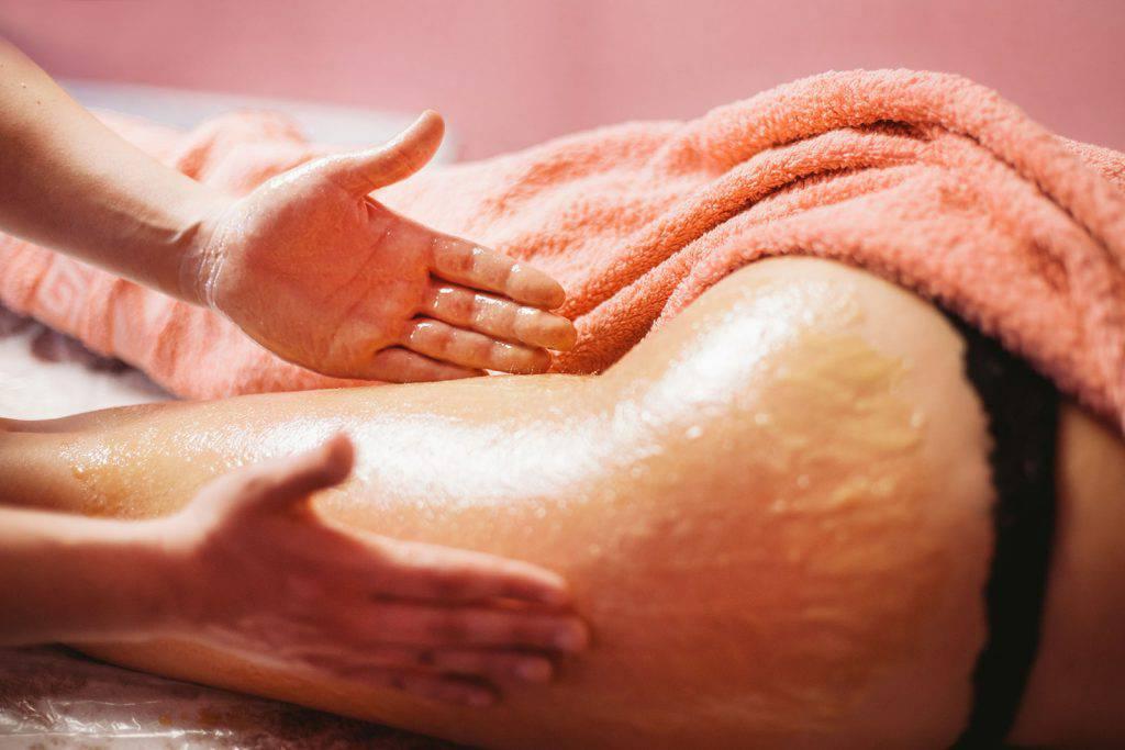 Как делается антицеллюлитный массаж с медом