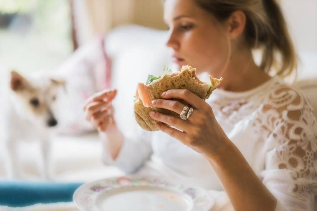 Диета во время месячных – можно ли похудеть при менструации?