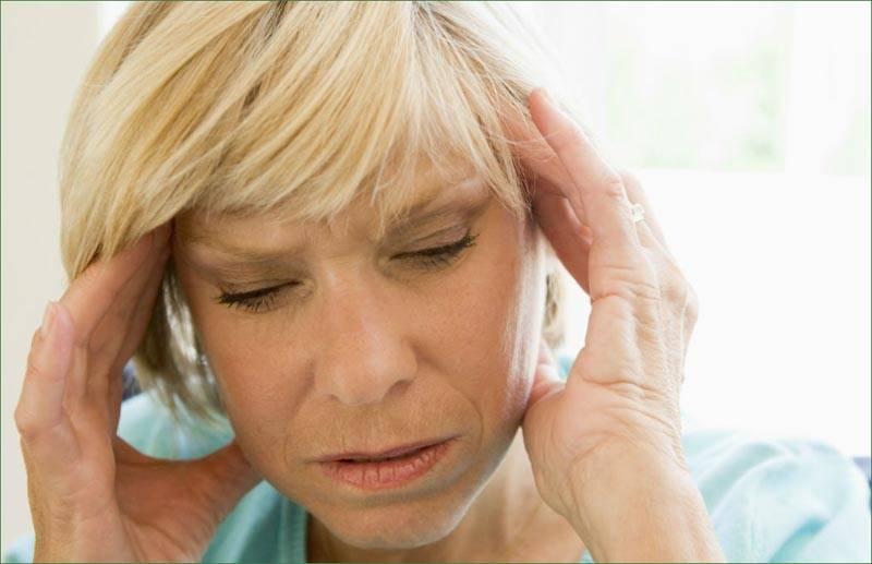 Менструальная мигрень — причины, симптомы, лечение