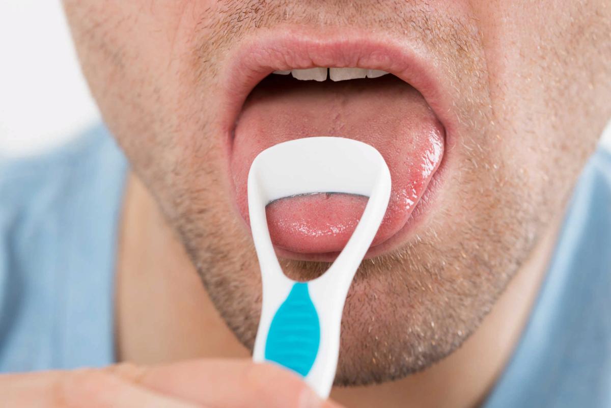После удаления зуба мудрости появился запах изо рта — как с этим справиться