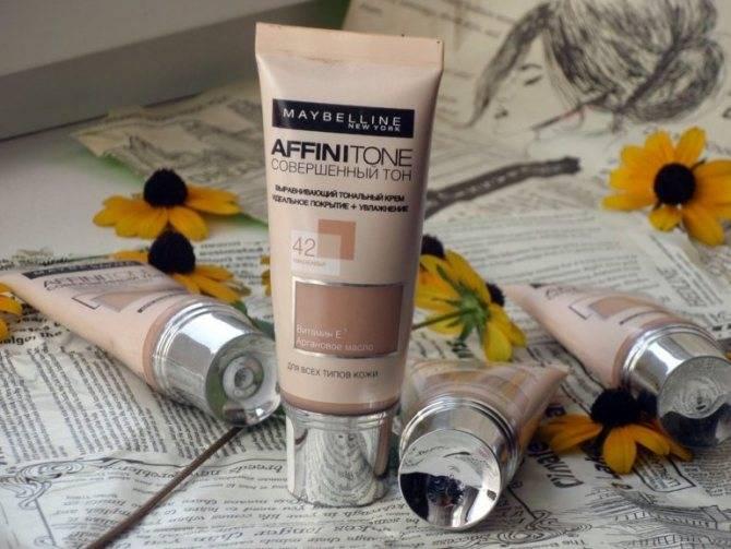 Вечная молодость: как выбрать тональный крем для зрелой кожи?