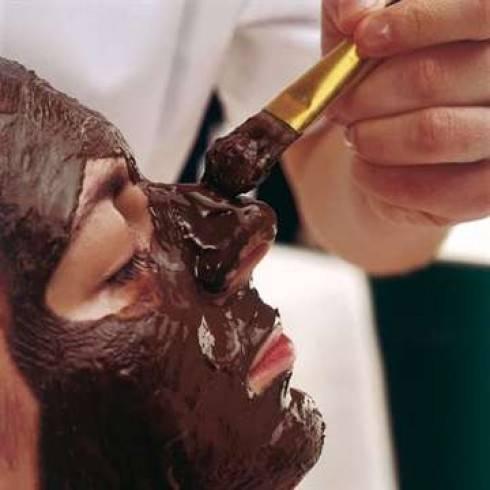Какао для кожи лица: маски из масла и порошка, рецепты приготовления и применения в домашних условиях