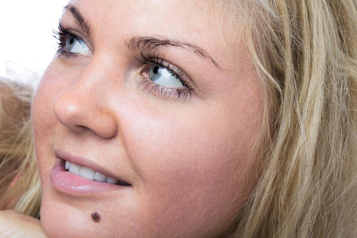 Эзотерическое значение родинки на верхней и нижней губе