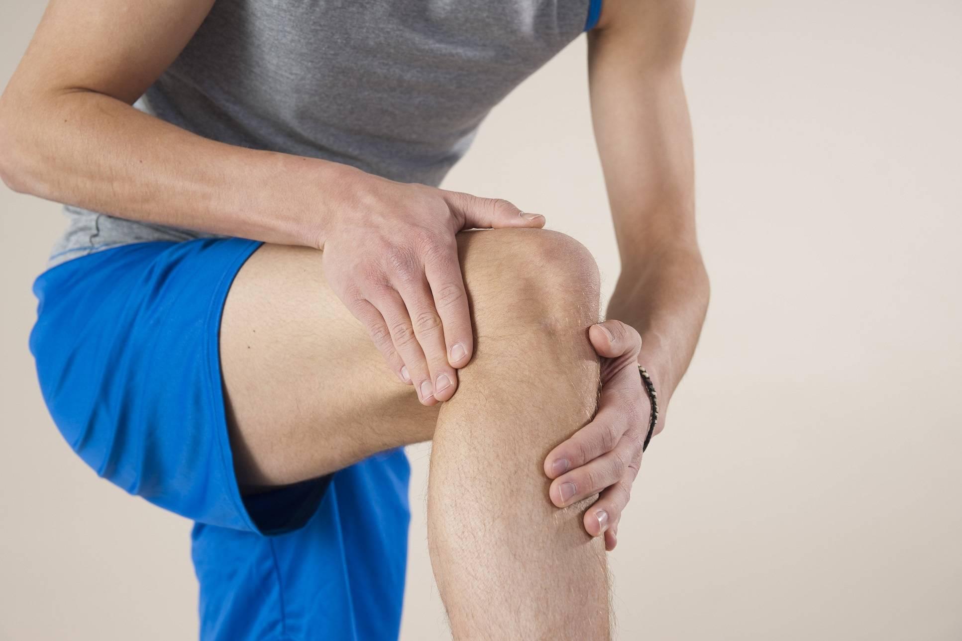 Если болят все суставы тела: причины и лечение