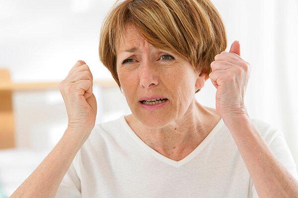 Почему развивается остеопороз при климаксе
