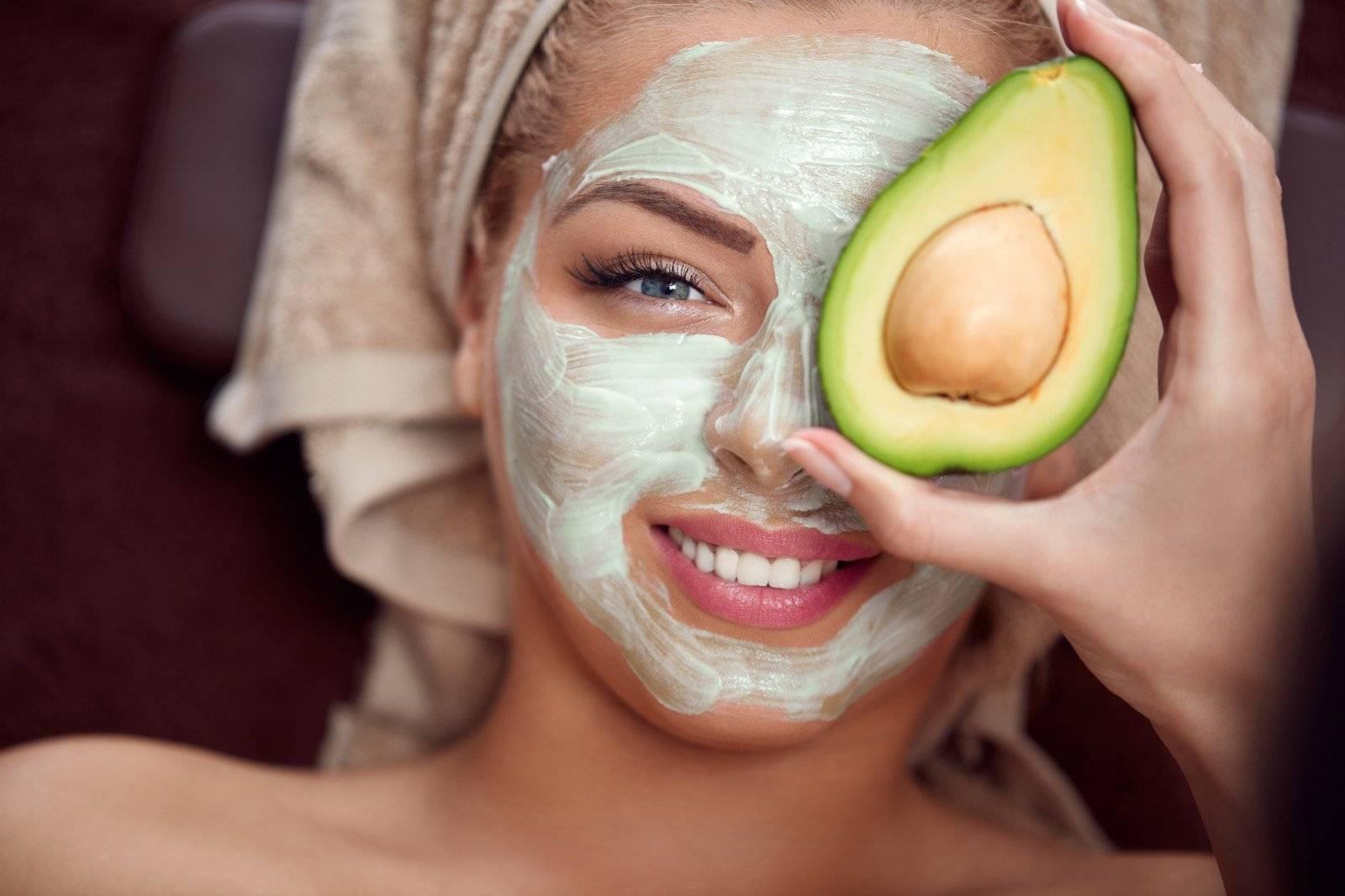 Маски из авокадо для лица: рецепты для всех типов кожи