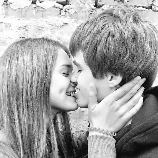 Удобно ли и как целоваться с брекетами