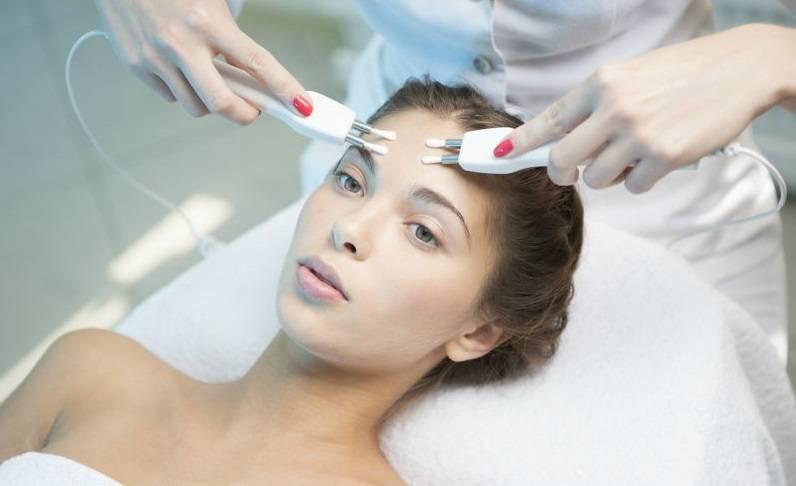 Польза микротоков для лица и проведение процедуры