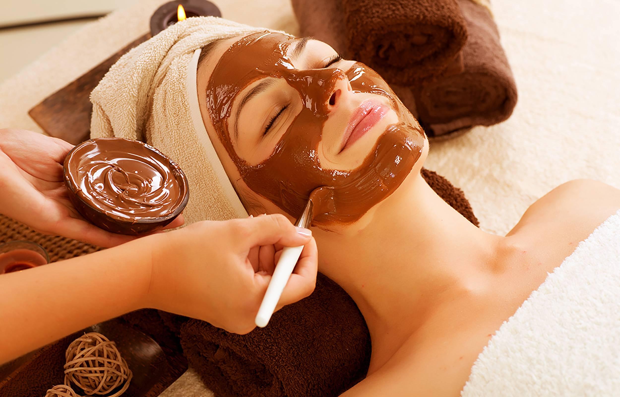 Шоколадные маски для кожи лица: приготовление и применение в домашних условиях