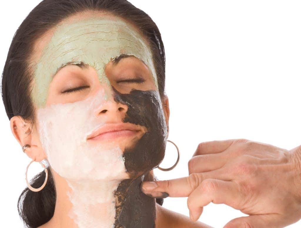 Свойства белой глины и применение в косметологии для кожи лица