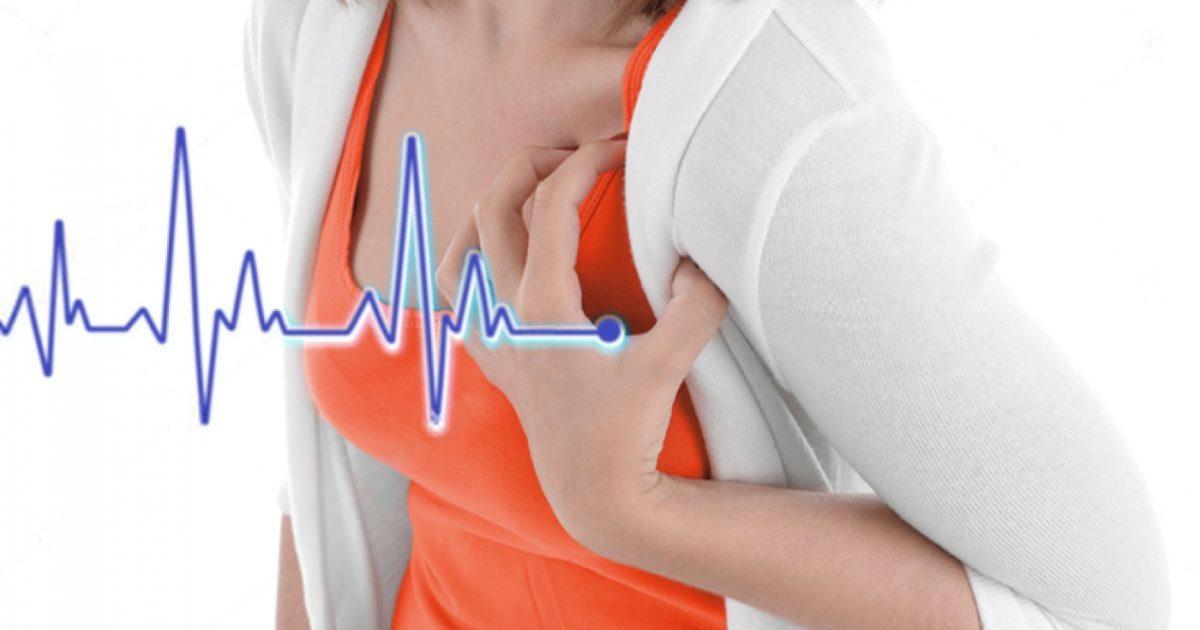 Почему возникает боль в сердце после месячных и во время них