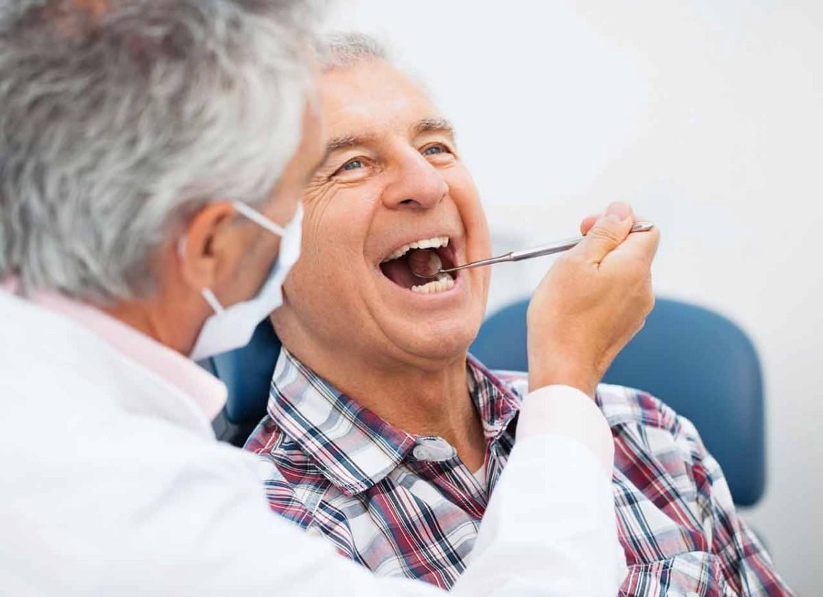 Для укрепления и сохранения зубов важно есть. сохранить зубы до старости здоровыми и крепкими не каждый сможет