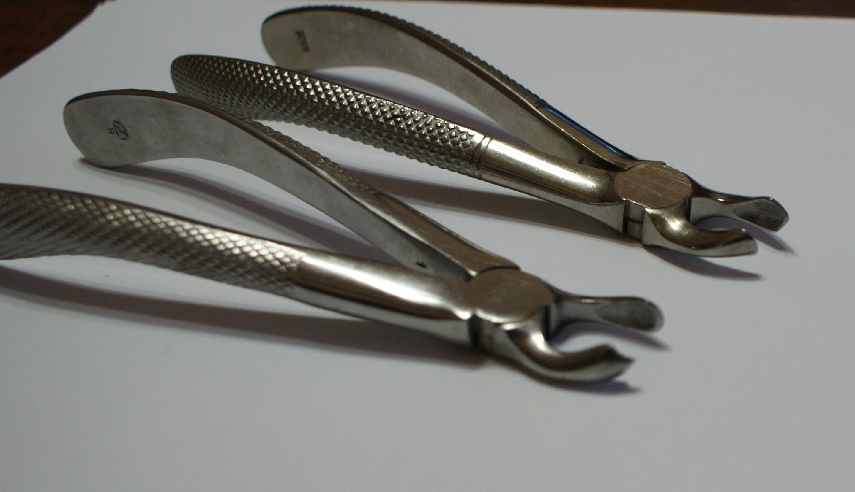 Разновидности и предназначение стоматологических инструментов