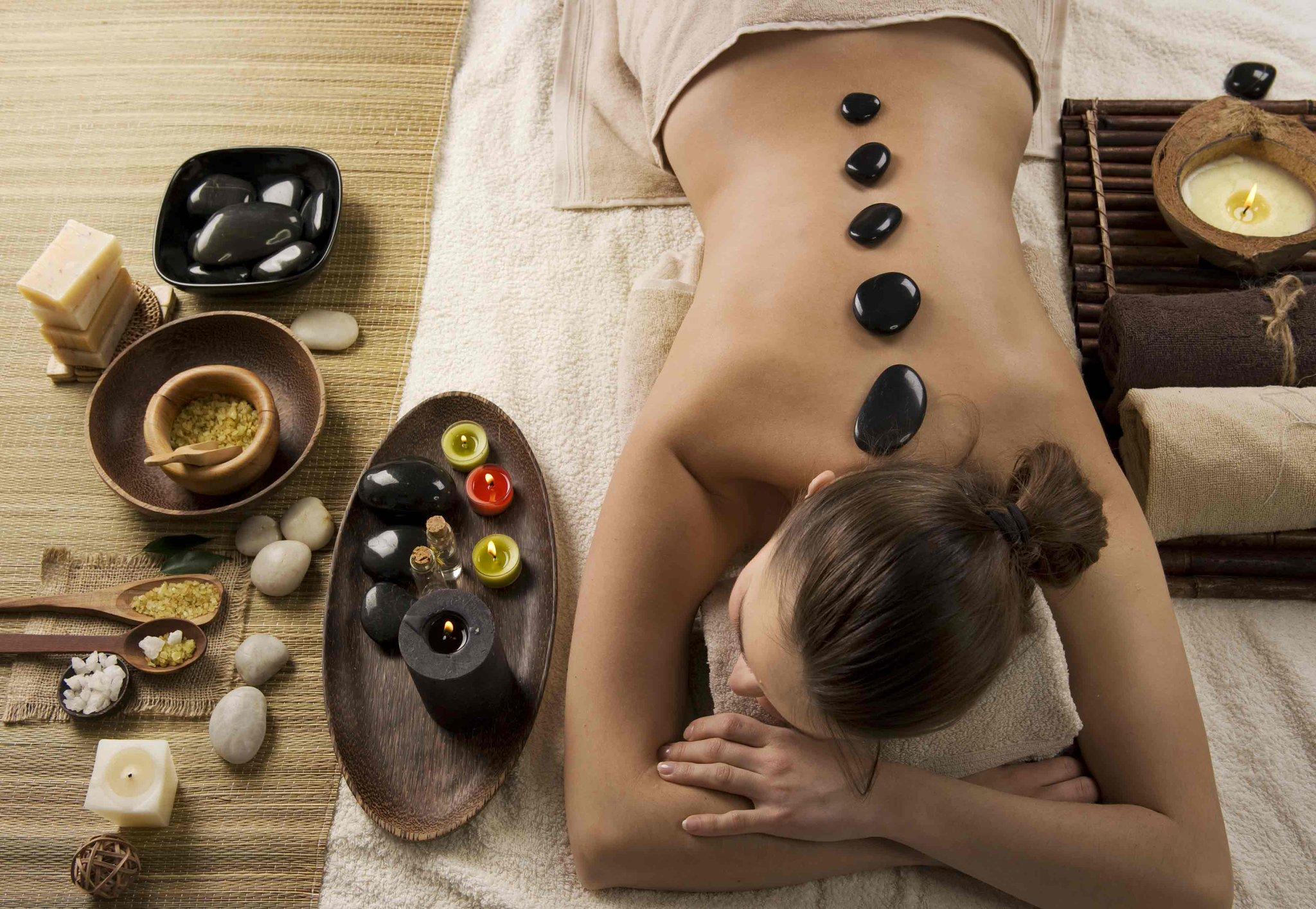 Стоун-терапия (массаж горячими камнями) — в чем его польза?