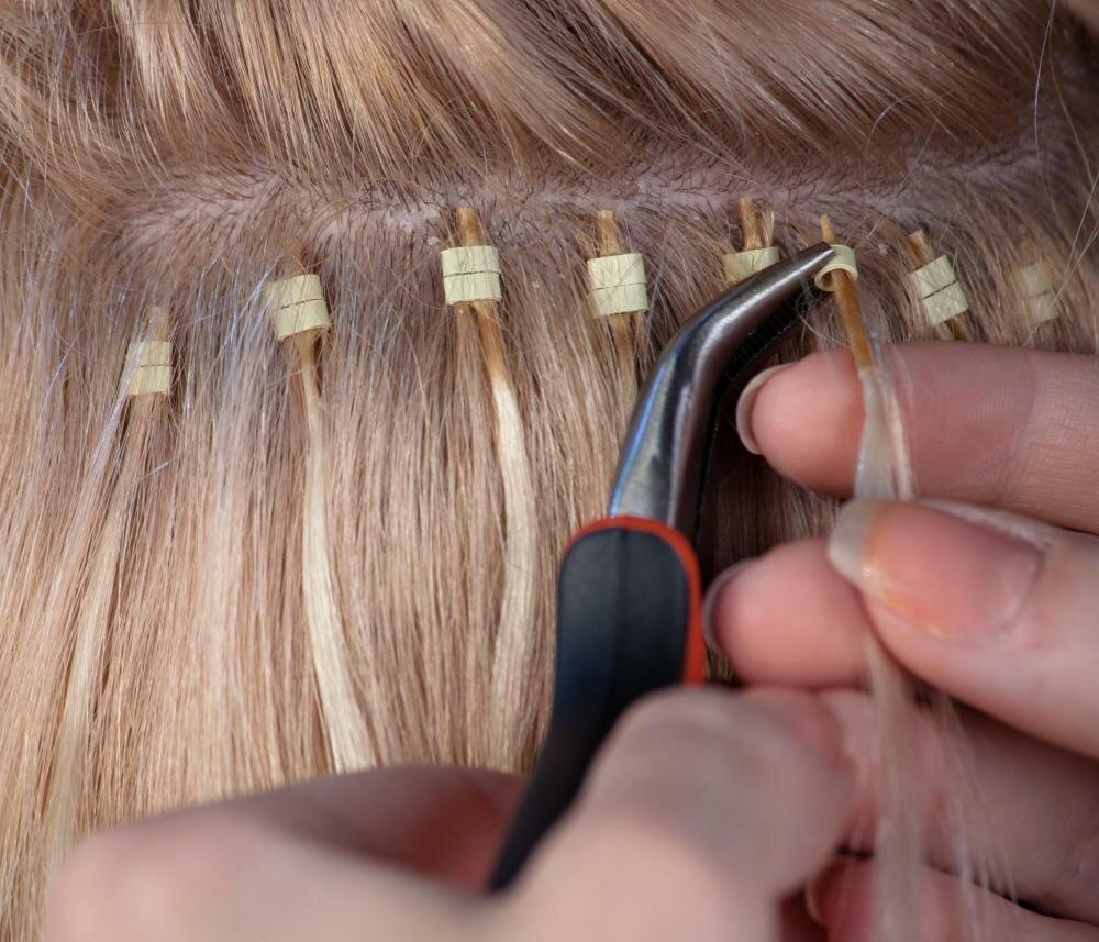 Технология горячего наращивания - в чем секрет красивых волос?
