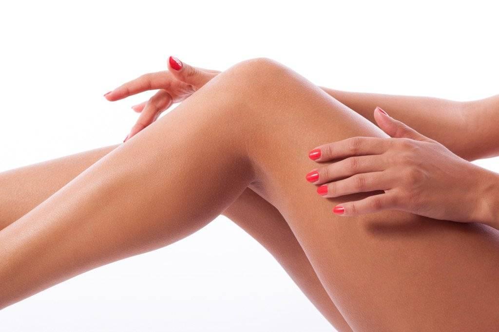 Шугаринг ног: подготовка, техника выполнения и уход за кожей