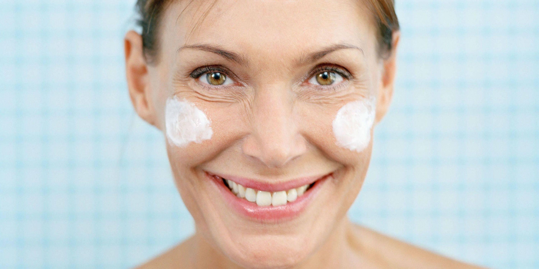 Лучшие 19 ингредиентов для приготовления масок для лица в домашних условиях