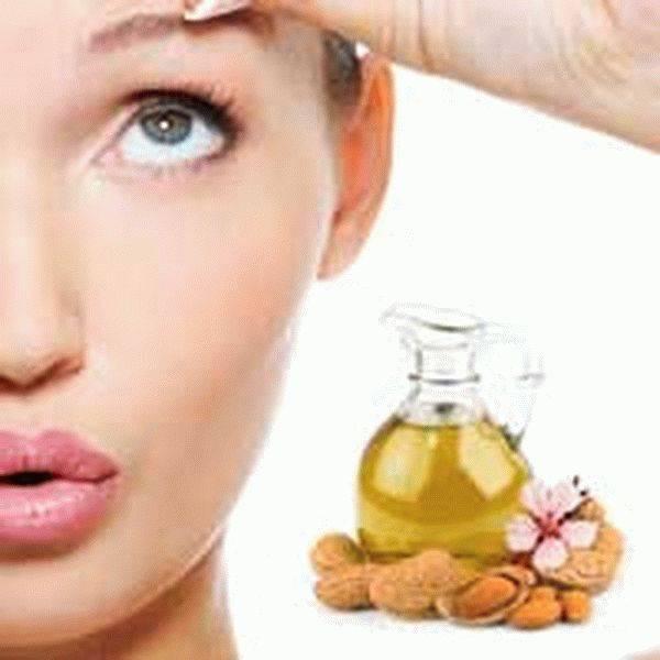 Миндальное масло делает лицо молодым и красивым