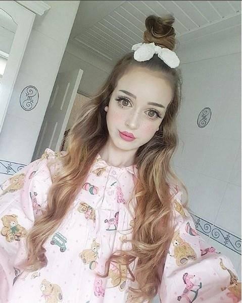 Топ 10 девушек, похожих на кукол барби