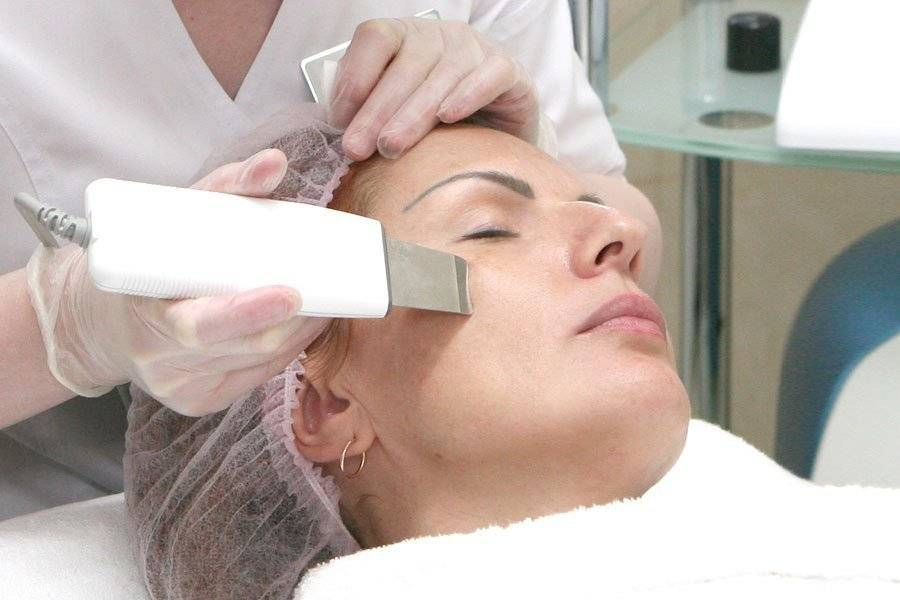 Дезинкрустация кожи лица в косметологии: методика, показания и противопоказания
