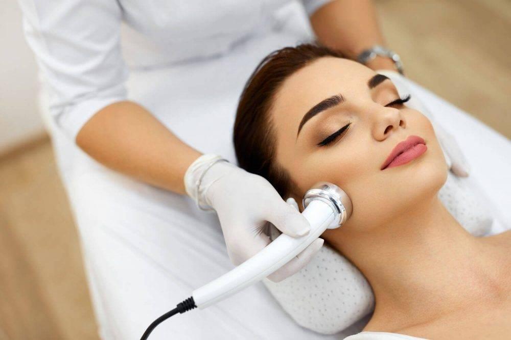 Процедура терапии микротоками для лица: что это такое и отзывы