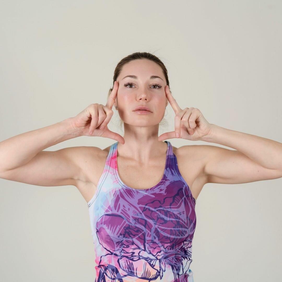 Как подтянуть овал лица в домашних условиях и в салоне: самые действенные способы