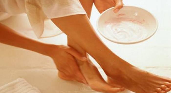 Почему возникают трещины на пятках — эффективное лечение