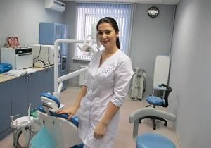 В чем отличия между стоматологом и зубным врачом?