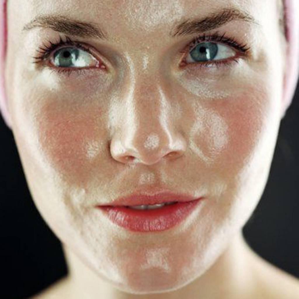 Чем убрать жирный. как избавиться от жирного блеска на лице: причины и решение проблемы. умывания против жирной кожи