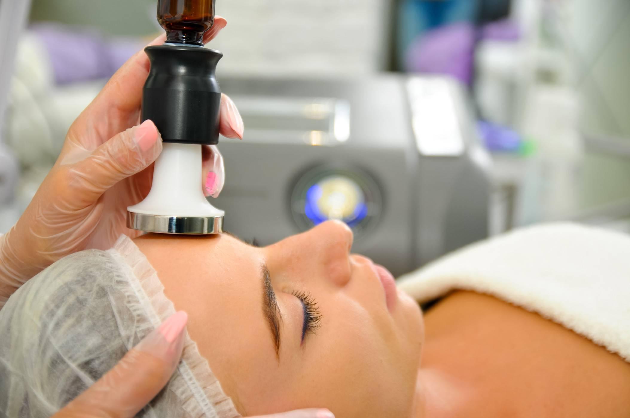 Чем мезотерапия отличается от биоревитализации: какая из процедур эффективнее?