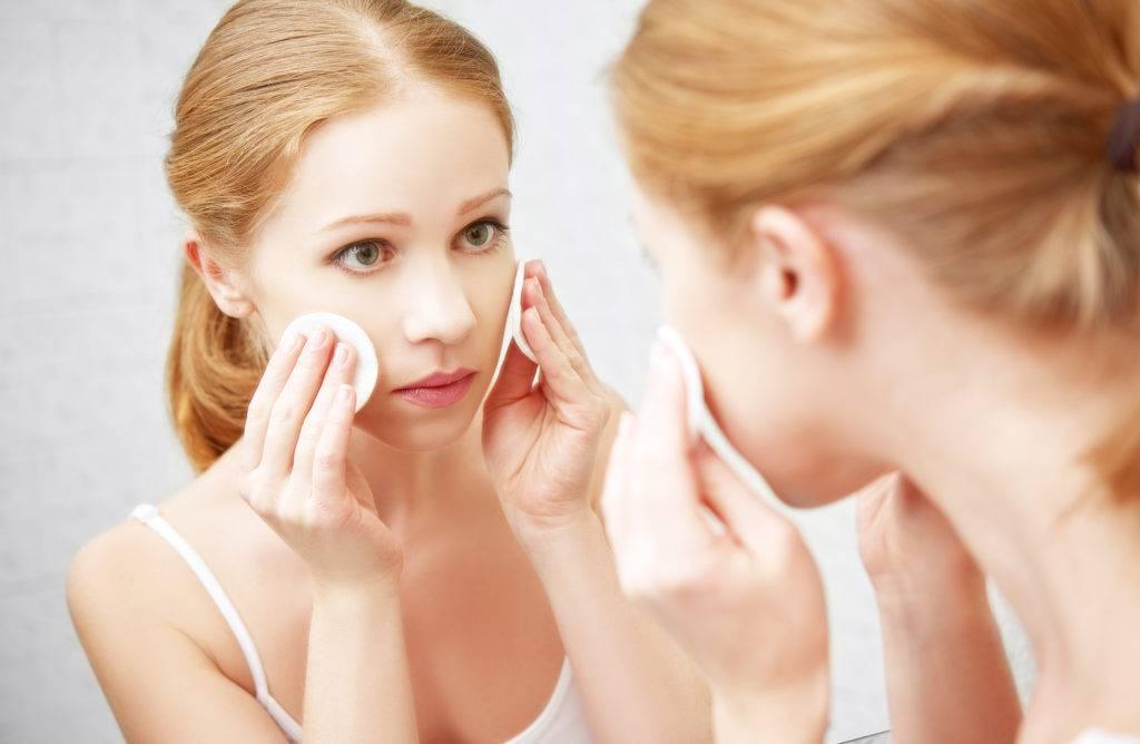 Как избавиться от жирного блеска на лице в домашних условиях