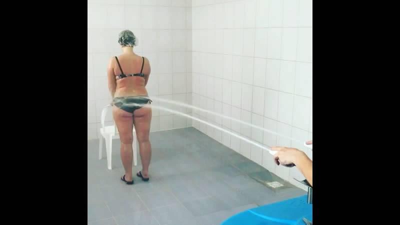 Помогает ли контрастный душ против целлюлита?