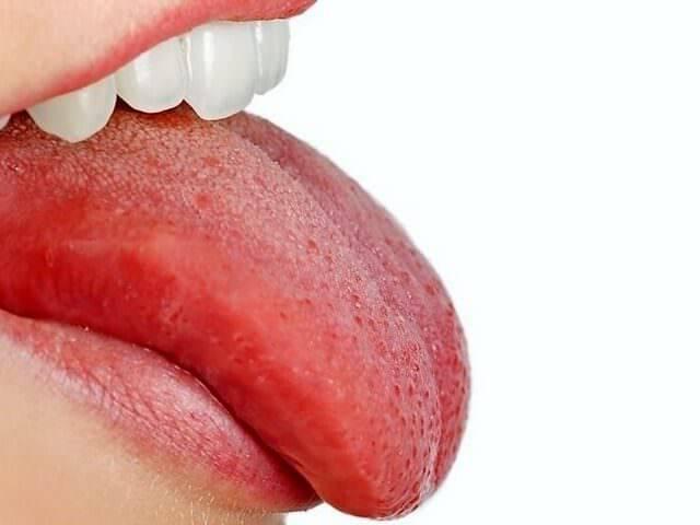 Стоматит на языке у взрослых: причины, симптомы, виды, как и чем лечить