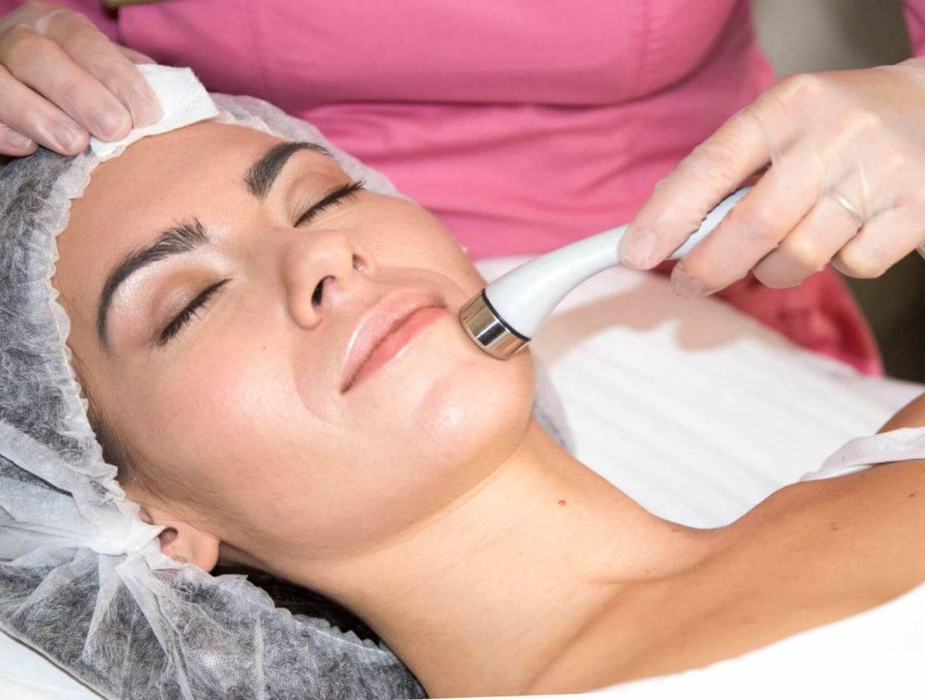 Отзывы косметологов: безинъекционная и безыгольная мезотерапия лица