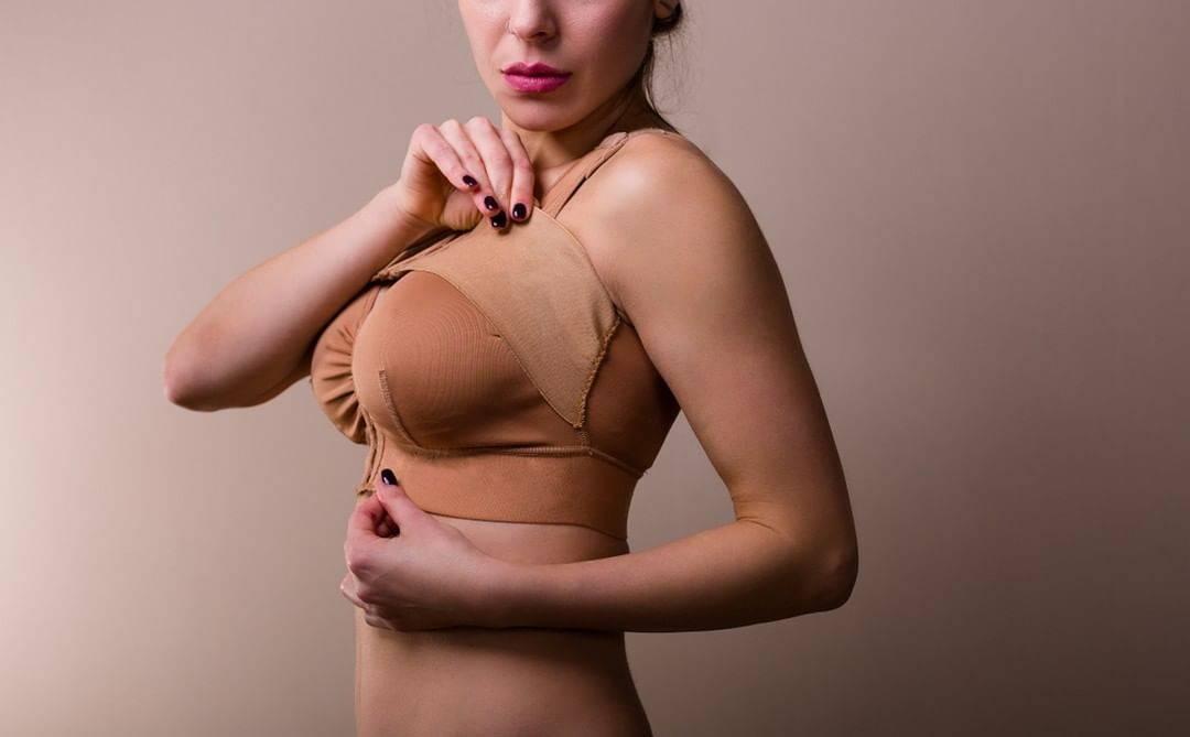 Причины повторной маммопластики
