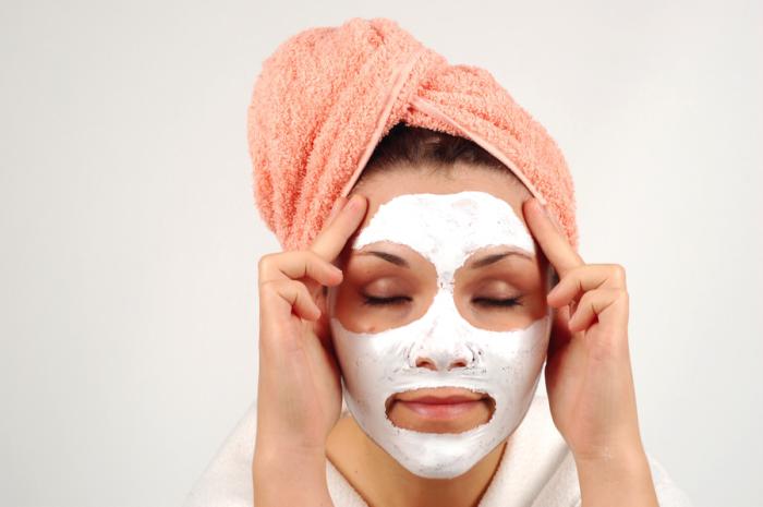 Особенности домашних омолаживающих масок для лица
