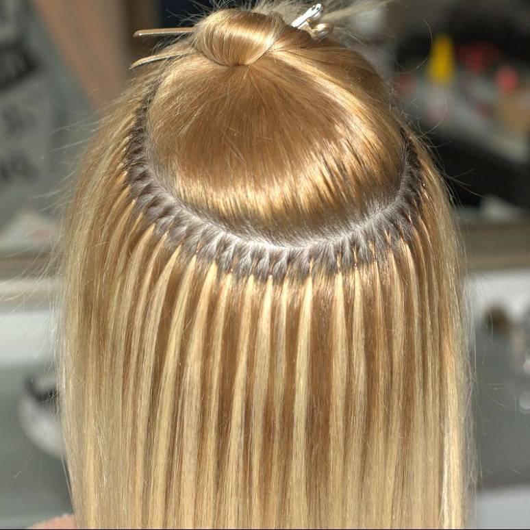 Как наращивают волосы на капсулах?