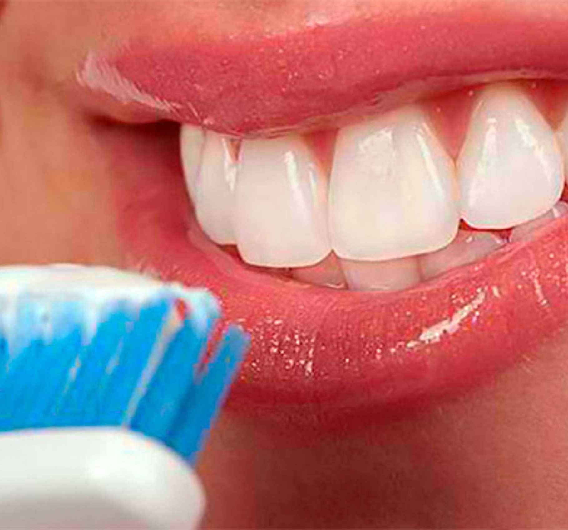 9 незаменимых витаминов и микроэлементов для здоровья зубов при беременности