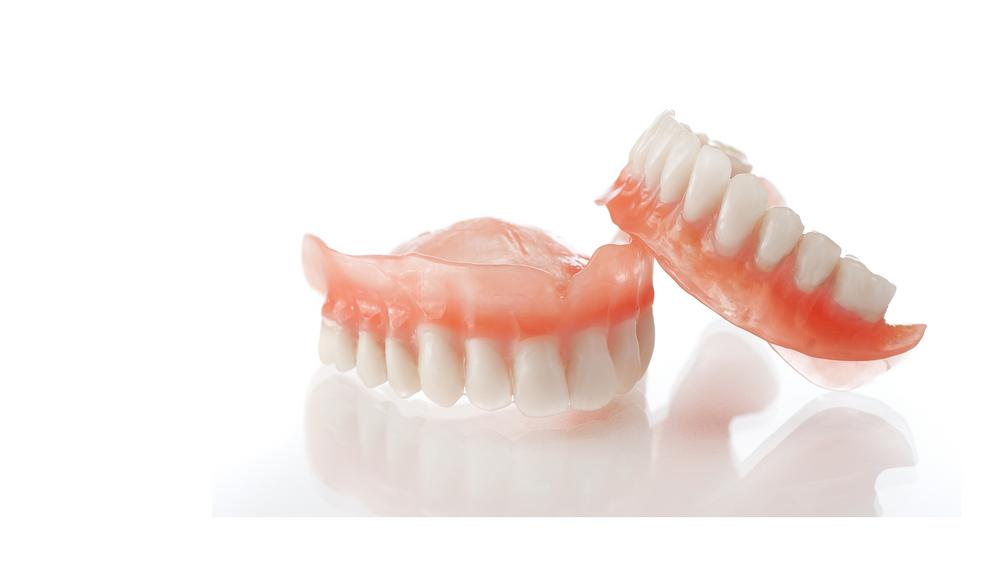Временные протезы зубов как способ избавления от беззубости