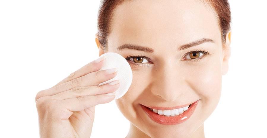 Яблочный уксус для лица: отзывы врачей и косметологов. маски, паровые ванночки, пилинг, средство от прыщей и другие способы применения яблочного уксуса