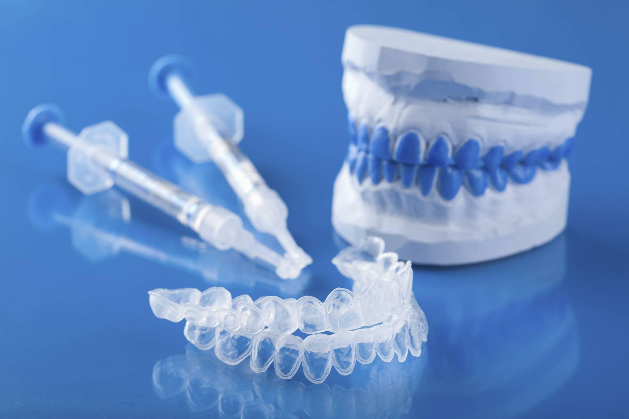 Отбеливание зубов системой opalescence: плюсы и минусы,  используемые препараты, стоимость